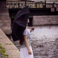 Под зонтом :: Павел Скобеев