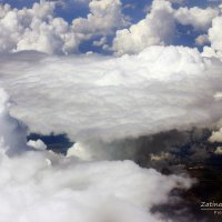 В небе над облаками :: Natasha Zatinatskaya