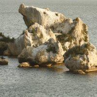 необычные камни в Море :: roberto carlos