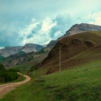 Дорога в Схауат, Карачаево-Черкессия :: Руслан Комаров