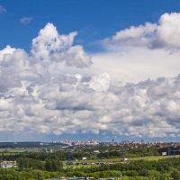 Взгляд с балкона. :: Петр Беляков