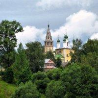 Старинный городок над Волгой :: Ирина Беркут