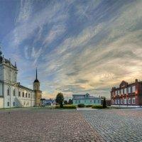 Соборная площадь в Коломне :: Mikhail .