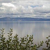 Облака над Байкалом :: Анатолий Цыганок