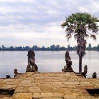 Озеро возле храма :: Alex