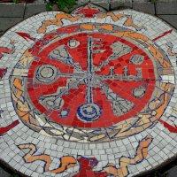 Мозаичный дворик. Тротуар :: Елена Павлова (Смолова)
