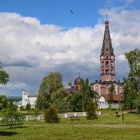 Свято-Троицкий мужской монастырь г.Алатырь :: Инна Сперанская