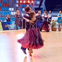 Танцевальный конкурс :: Артем