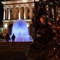 Фонтан около Концертного зала в Киеве :: Alla S.