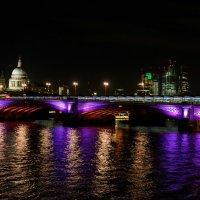 Вид на Темзу ночью :: Alex Molodetsky