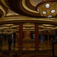 В полутемных залах Дворца Цезаря (Caesars Palace, Лас Вегас) :: Юрий Поляков