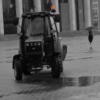 На Октябрьской площади. :: Александр Сапунов
