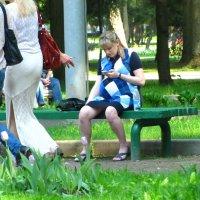 В летнем парке... :: alek48s