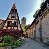Кузница Герлаха – это домик ремесленников, расположенный в городе Ротенбург об дер Таубер, Бавария, :: backareva.irina Бакарева