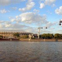 Проплывая по Москва-реке. :: ТаБу