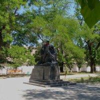 Памятник Вите Коробкову :: Александр Рыжов