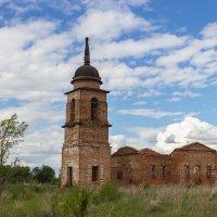 Неопалимовская церковь в селе Никольское (Безенчукский район) :: Олег Манаенков