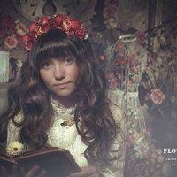 Девочка c цветами, цветочный венок, цветочница, портрет художественный, детская фотосессия, портрет, :: Ирина Абдуллаева