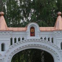 Ворота Никольского мужского монастыря... :: марина ковшова