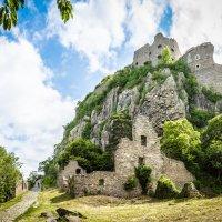 руины крепости Хоэнтвиль. Festungsruine Hohentwiel. :: Viktor S