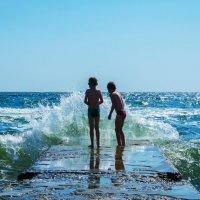 Неспокойное море :: Сергей Форос