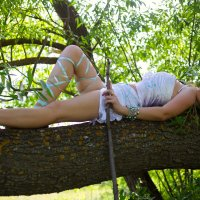 Амазонка на дереве :: Роман Мишур