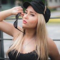 Красотка в кепи :: Rustam Zeynalov