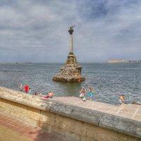Памятник затопленным кораблям :: Владимир Прокофьев