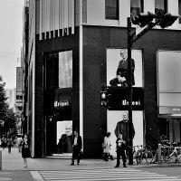 Известные личности в рекламе Токио :: Swetlana V