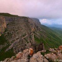 Кровавое плато Кажол (Кабордино-Болкария) :: Сергей