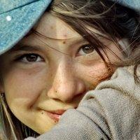Взгляд из-за плеча подруги :: Светлана Рябова-Шатунова