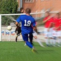 Такие мячи от Шурика не берутся! :) :: Андрей Заломленков