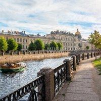По реке на катере :: Юлия Батурина