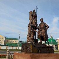 Памятник Петру и Февронии в Чебоксарах :: Надежда