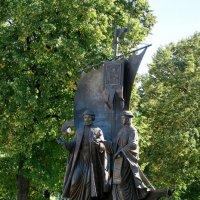 Памятник Петру и Февронии в Самаре :: Ирина Беркут
