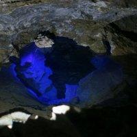 Цвета Кунгурской пещеры 2 :: Александр Дик