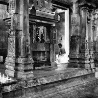 В храме ... :: Ирина Токарева
