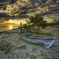 Тайна старой лодки :: Александр Бойко