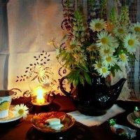 Вечерний чай с ромашкой :: Нэля Лысенко