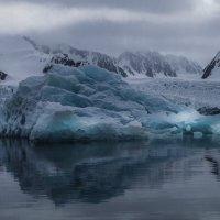 айсберг перед ледником :: Георгий А