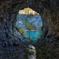 А тоннели выводят на свет! :: Владимир Колесников