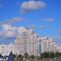Дом в Минске :: Александр Сапунов