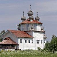 Каргопольское ожерелье. Богоявленская церковь в Лядинах :: Тата Казакова