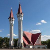 Мечеть-медресе Ляля-Тюльпан :: Олег Манаенков