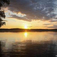 Озеро на закате :: motiv-ekt Оборин Алексей