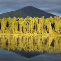 озеро светлое :: Михаил Генаев