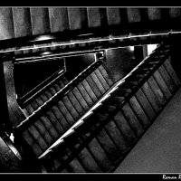 Лестница в Ад? :: Роман Рунышкин