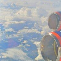 под крылом самолёта о чём-то поёт... :: Photo Tasja