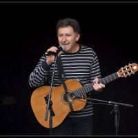 Тимур Фишель, Ратушная площадь 19.10.12. :: Jossif Braschinsky