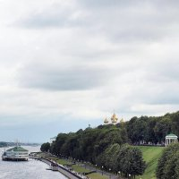 Набережная Костромы :: Михаил Малец